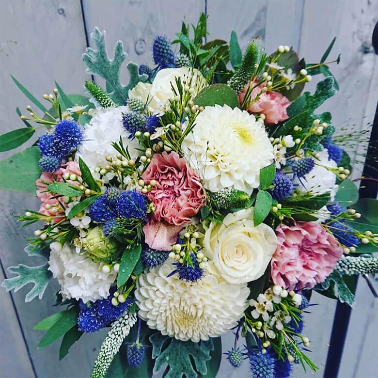 Gartentipps Blumen lange frisch halten Gaertnerei Steger Saalfelden Pinzgau Blumenstrass Brautstrauss Trauergebinde (6)